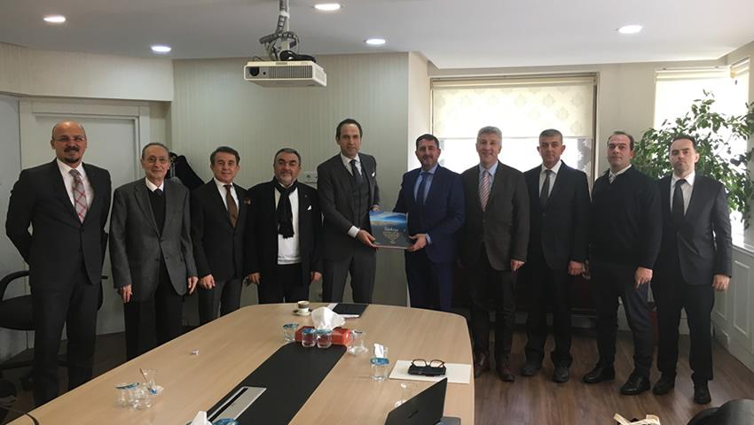 Türkiye Seramik Federasyonu Enerji ve Tabii Kaynaklar Bakanlığı Bakan Yardımcısı Sayın Alparslan BAYRAKTAR'ı ziyaret etti.